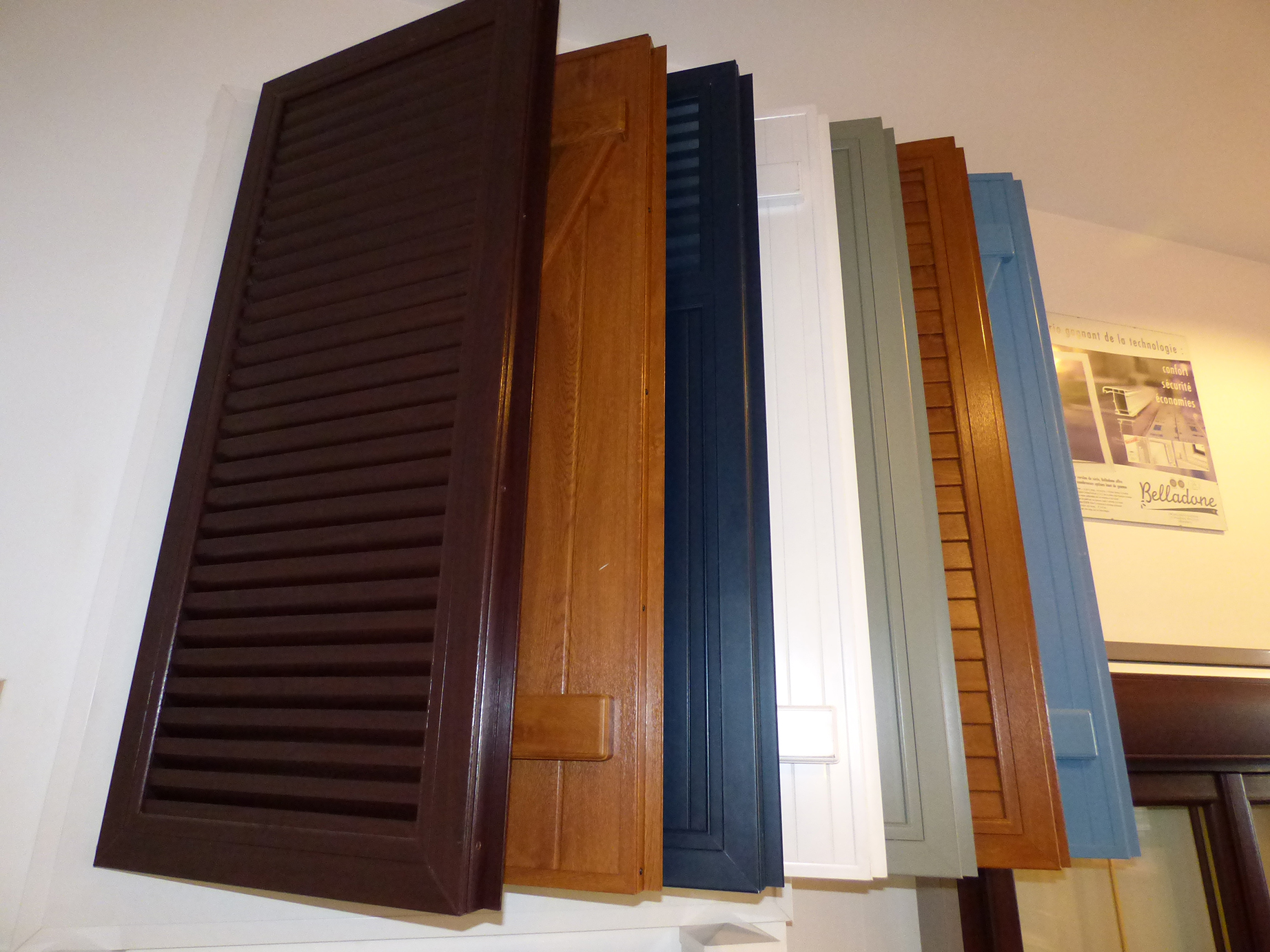 volets pvc alu bois masters menuisiers var paca 83les. Black Bedroom Furniture Sets. Home Design Ideas
