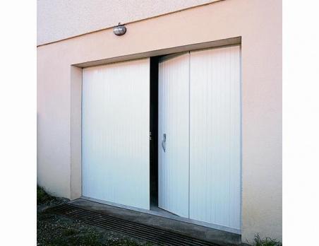 portes de garage masters menuisiers dans le var pacales masters menuisiers menuiserie pvc. Black Bedroom Furniture Sets. Home Design Ideas